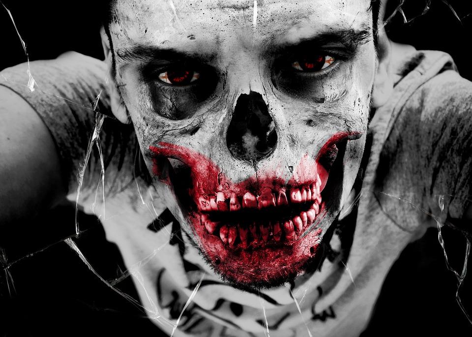 Hamburg Dungeon's KRALLE zombie-horror-monster