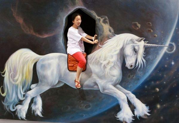 Pferd mit Horn reiten