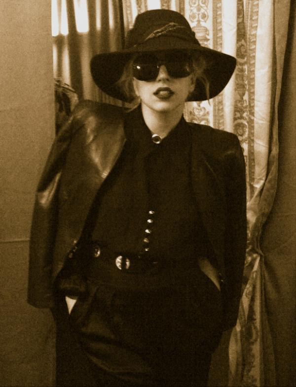 Gaga elegante-kostueme