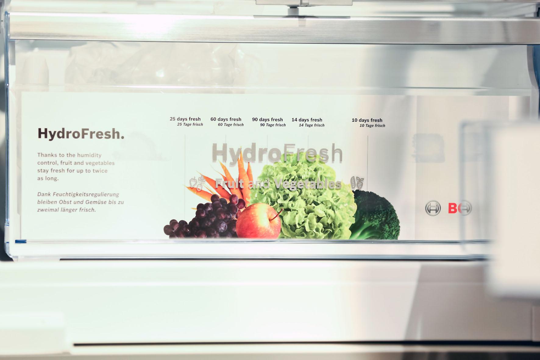Kühlschrank mit unterschiedlichen Temperaturzonen: Kälteverträgliches Obst und Gemüse lagern in einer nahen Null-Grad-Zone mit einer hohen Luftfeuchtigkeit um die 90 Prozent.