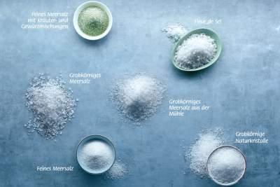 Meersalz ist in verschiedenen Variationen erhältlich und damit für jeden Geschmack und jede Verwendung geeignet - das wissen Hobbyköche und Gourmets gleichermaßen zu schätzen.