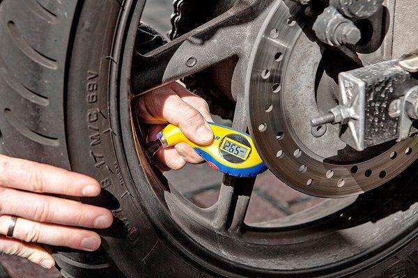 Jeder Reifen benötigt die passende Pflege
