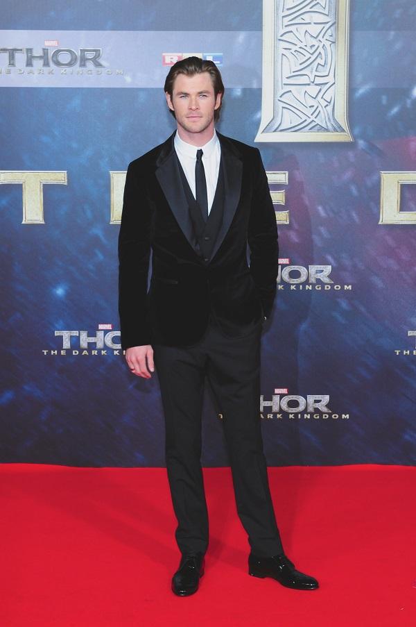 """Ohne seine Rolle als hammerschwingender Gott Thor wäre Chris Hemsworth die Ehre des """"Sexiest Man Alive"""" wohl nicht zuteil geworden."""