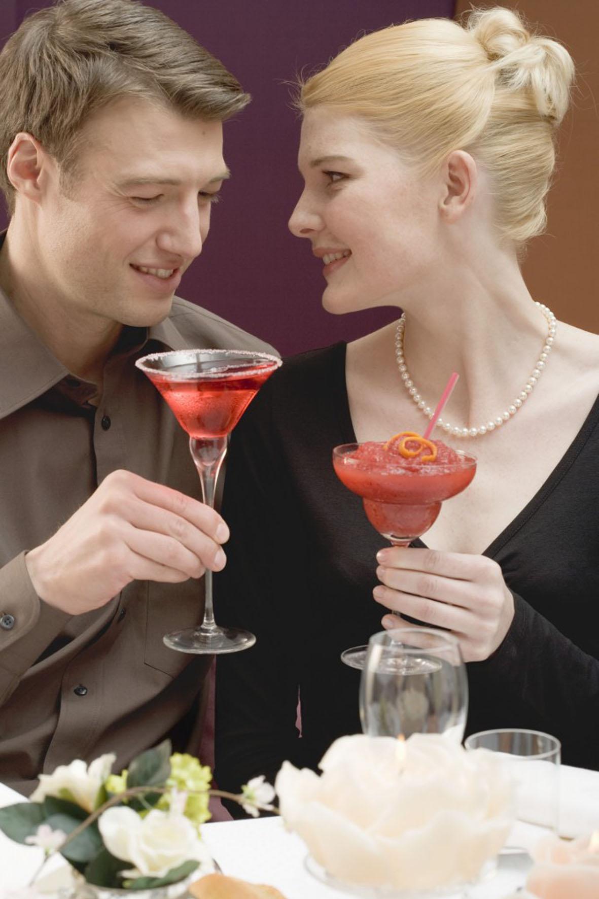 Rot wie die Liebe - so sind am Valentinstag die passenden Cocktails