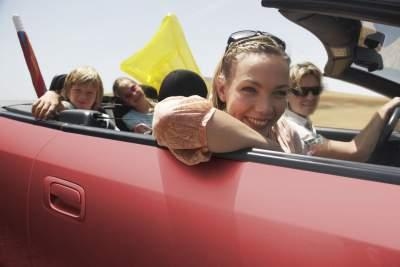 sicher auf allen Fahrten - das wünschen sich die meisten Autofahrer mehr als alles andere.
