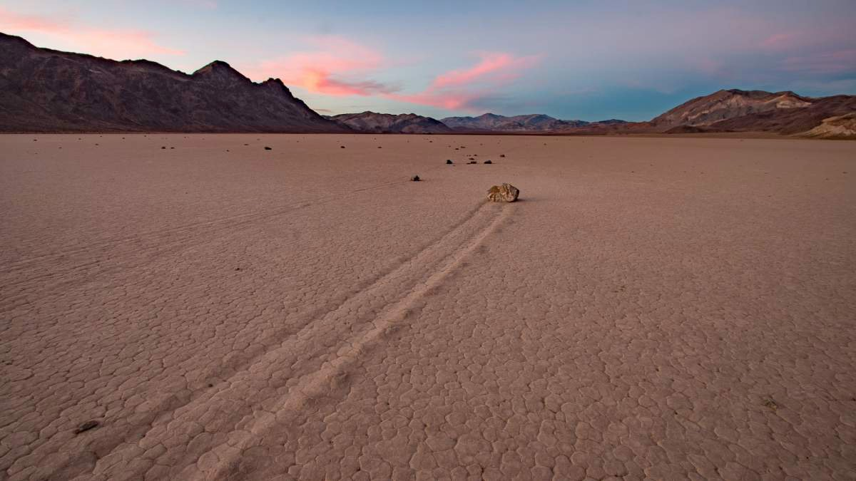 Wandernde Steine Phänomen Racetrack Playa